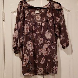 Torrid 2X charcoal & blush floral sheer blouse